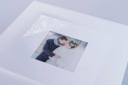 White Lady ewhite acrylic cover wedding photo album luxury handcrafted printing lab hardcover nphoto snow white leather professional photographer 1 uai
